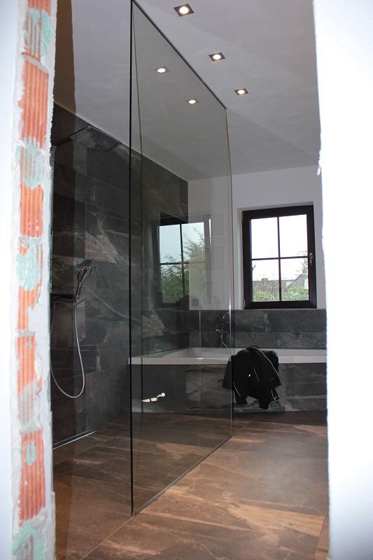 duschkabine aus glas meisterqualit t aus hannover. Black Bedroom Furniture Sets. Home Design Ideas