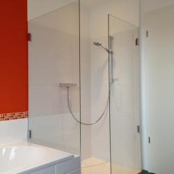 Glasdusche offen Duschtrennwand